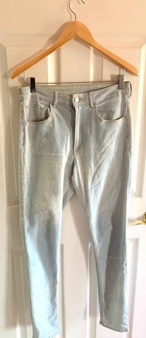 HM light blue gently bleached jeans  , Bleached jeans, fitted jeans, Skinny ankle jeans